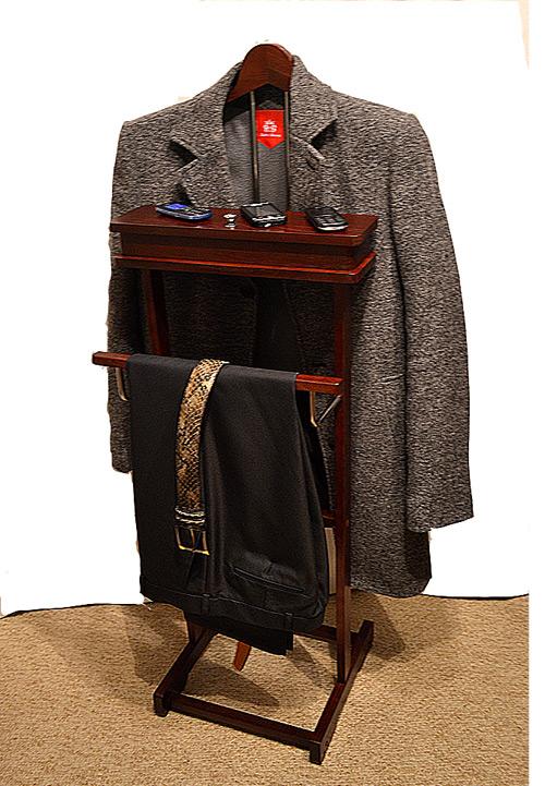 Напольная вешалка для пиджака и брюк своими руками
