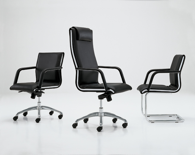 Кресло ferrari черный